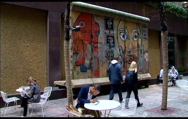 Cinco trozos del muro de Berlín se colocaron en 1990 - Buscamundos