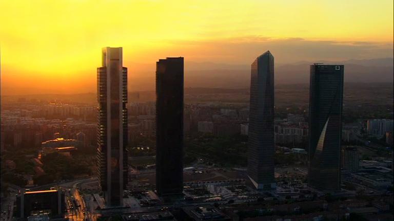 España a ras de cielo - ¿Qué ciudades consumen más luz?