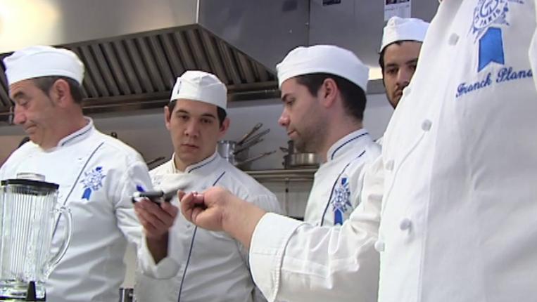MasterChef - Los aspirantes reciben una clase de pescados en Le Cordon Bleu Madrid