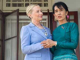 Ver vídeo  'Clinton y Suu Kyi colaborarán con el Gobierno birmano para impulsar reformas'