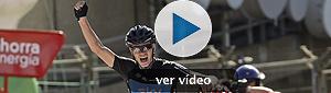 Cobo saca la raza para no perder la Vuelta en Peña Cabarga