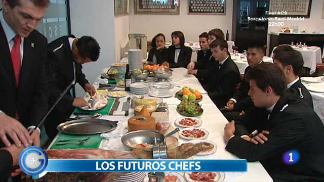 M&aacute;s Gente - M&aacute;s Cocina - Nos colamos en una escuela de chefs