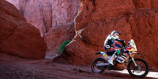Coma rides his KTM during the Dakar Rally 2011 from Tucuman to Jujuy