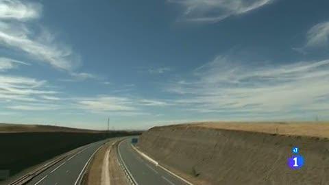 Ver vídeo  'Comando Actualidad - ¿Nos lo podíamos permitir? - Autovías'
