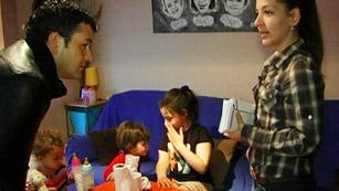 Ver vídeo  'Comando Actualidad - Recortados - Meses sin cobrar la ayuda de dependencia'