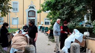 Ver vídeo  '¿Cómo han vivido los españoles en la región el terremoto de esta madrugada?'