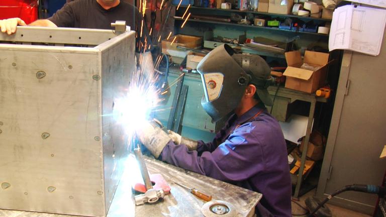 Fabricando Made in Spain - Cómo se fabrican las cajas fuertes