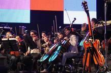 Los componentes de la Orquesta Sinfónica Brasileña duranteel ensayo de este jueves