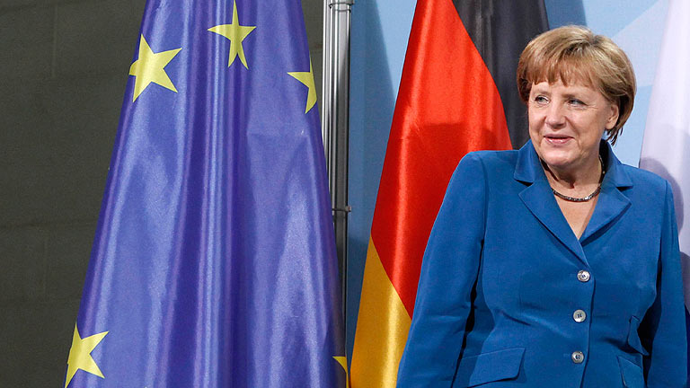 Merkel no cierra la puerta a comprar deuda con los fondos de rescate, pero recuerda que hay condiciones
