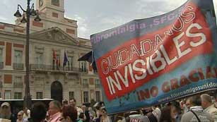 Ver vídeo  'Concentraciones en unas 80 ciudades españolas para recordar el 15M'