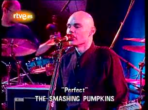 Ver vídeo  'Los conciertos de Radio 3 - Una década de canciones: Smashing Pumpkins 'Perfect''