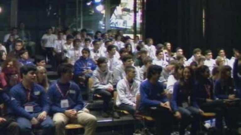 Niños premiados en el Concurso Zero Robotics