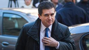 Ver vídeo  'Condenado a 6 años de cárcel Jaume Matas en el primer juicio del caso Palma Arena'