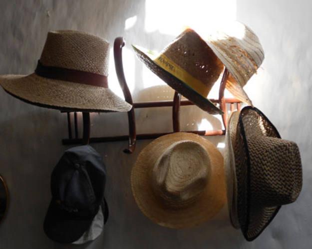 Conectando España - Abla - Sombreros