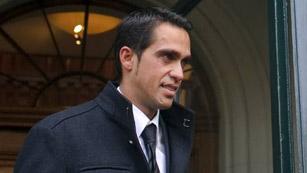 Ver vídeo  'Contador, sancionado con 2 años'