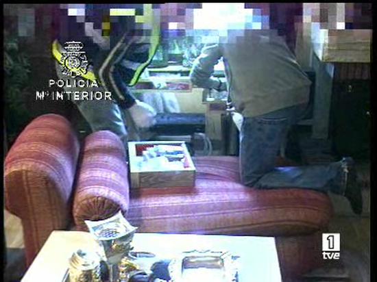 Ver vídeo  'Continúan declarando los imputados por la operación Troika'