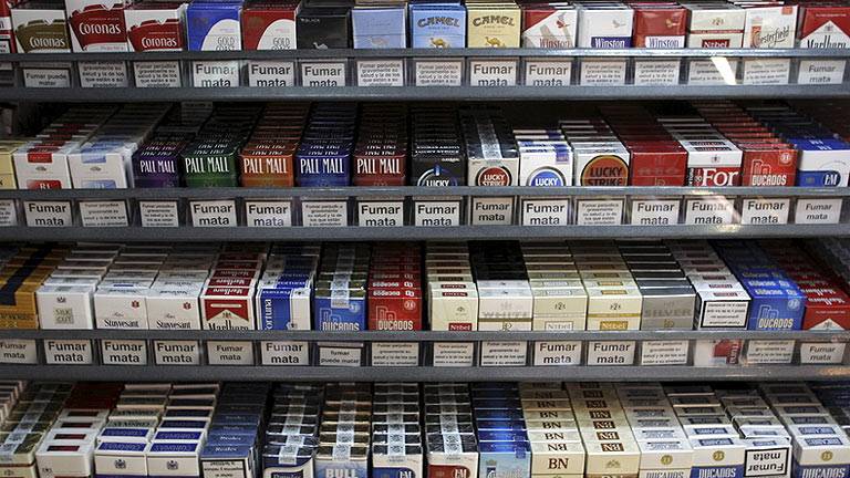 El contrabando de tabaco, medio de vida y muerte de la venta legal