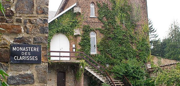 Entrada al convento de las clarisas en Malonne