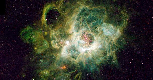 Corazón de NGC 604, una nebulosa con unas 200 estrellas nacientes.