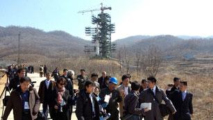 Ver vídeo  'Corea del Norte ultima los preparativos para el lanzamiento de un satélite'
