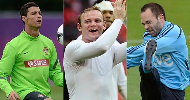 Cristiano, Rooney e Iniesta, con sus selecciones.