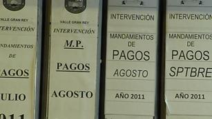Ver vídeo  'Cuenta atrás para que los ayuntamientos se acojan al Real Decreto de pago a proveedores'