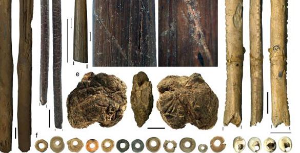Algunos de los restos hallados en la cueva y que han permitido datar que esta cultura es nuestra primera antecesora hace 44.000 años