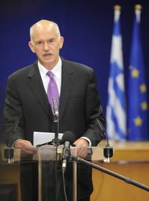 LA CUMBRE DEL EUROGRUPO APRUEBA FORMALMENTE EL PLAN DE AYUDA A GRECIA