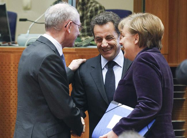 La UE reforzará el fondo de rescate a cambio de más ajustes