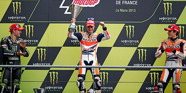 Dani Pedrosa gana en Le Mans y se coloca l&iacute;der