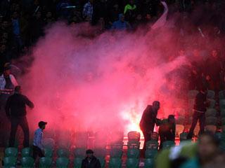 Ver vídeo  'Decenas de muertos en los disturbios en un partido de fútbol en Egipto'