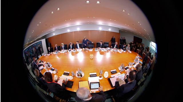 Decisiva cumbre europea para asegurar la moneda única