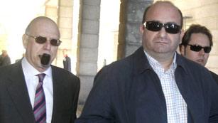 Ver vídeo  'Declara en el Juzgado de Sevilla el chofer del ex director de trabajo de la Junta en el caso de los ERE'
