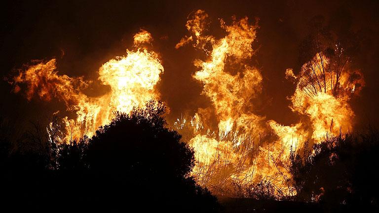 Declarado un incendio en Coín (Málaga), que avanza sin control