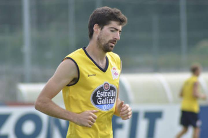 El delantero Ángel Javier Arizmendi, en un entrenamiento con el Deportivo