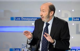 Ver vídeo  'Desayunos - Entrevista íntegra a Alfredo Pérez Rubalcaba'