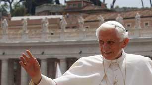 Ver vídeo  'Detenido el mayordomo del Papa por filtración'