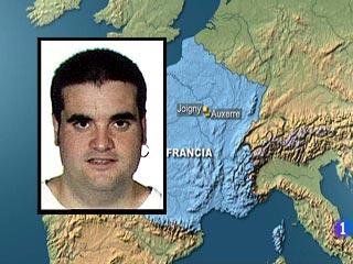 Ver vídeo  'Detenidos tres etarras en Francia'