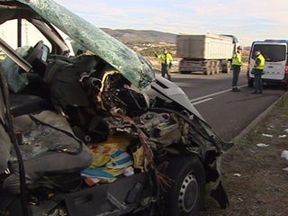 Ver vídeo  'La DGT considera como extraordinariamente positivo el descenso de fallecidos en las carreteras'