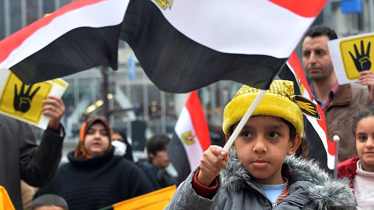 Egipto empieza su día grande entre atentados