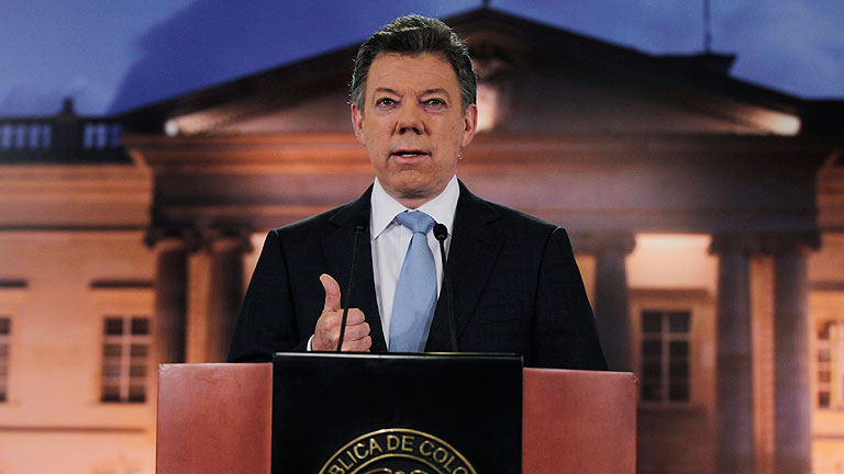 Santos confirma que mantiene conversaciones con las FARC