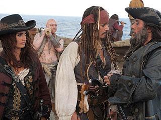 Ver vídeo  'Días de cine - 'Piratas del caribe 4: En aguas misteriosas''