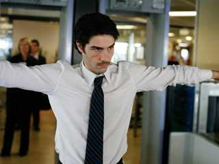 Ver v?deo  'Días de cine - Se estrena 'Un profeta', candidata francesa al Oscar a mejor película de habla no inglesa'