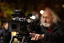 El director Montxo Armendáriz durante el rodaje de 'No tengas miedo'