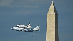 Ver vídeo  'El Discovery: a lomos de un Boeing rumbo a un museo'