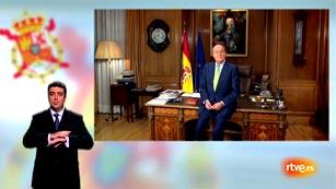 Ver vídeo  'Discurso íntegro de Navidad del rey en lengua de signos 2012'