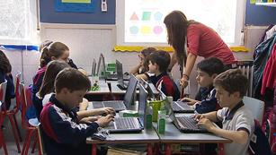 Ver vídeo  'División de opiniones sobre la medida de Wert de aumentar el número de alumnos por clase'