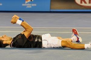 Djokovic anula la reacción de Nadal y gana un épico Open de Australia