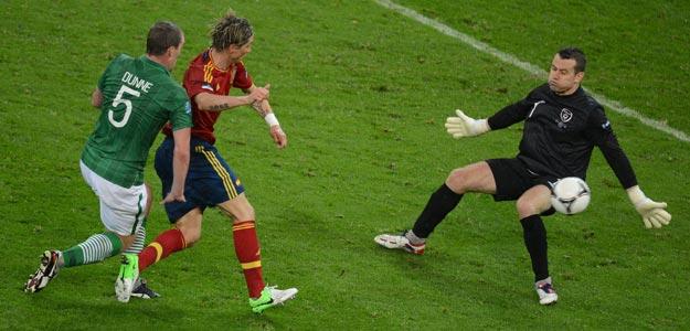 Doblete de Torres a Irlanda en la Eurocopa