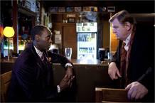 Don Cheadle y Brendan Glesson, colegas a la fuerza, en 'El irlandés'.